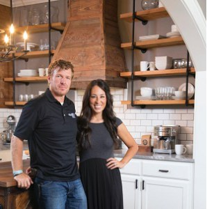 chip gaines wikipedia bio age married wife and net worth stardom place. Black Bedroom Furniture Sets. Home Design Ideas